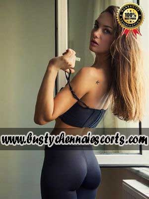 Call Girls in Besant Nagar